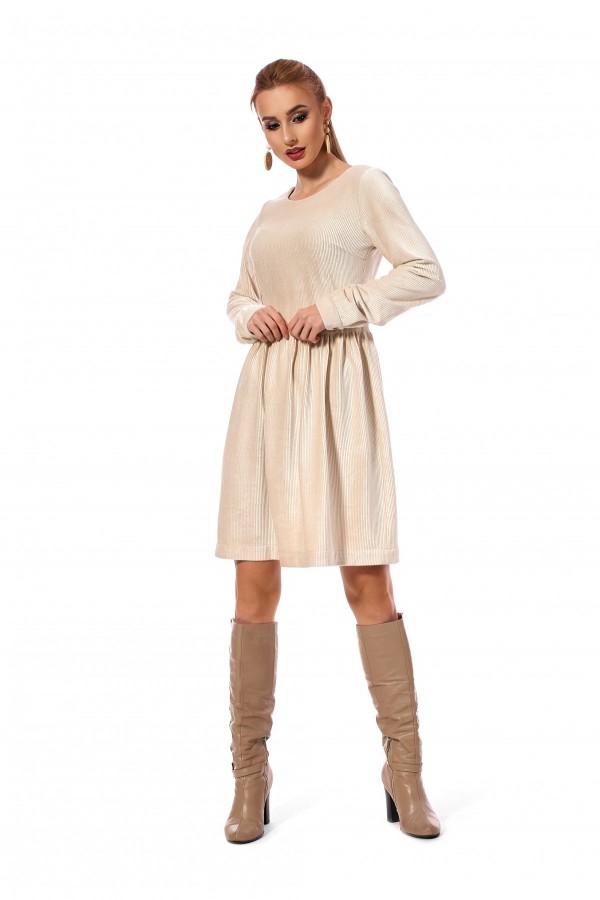 Плаття вільного силуету світло-бєжевого кольору SL120002