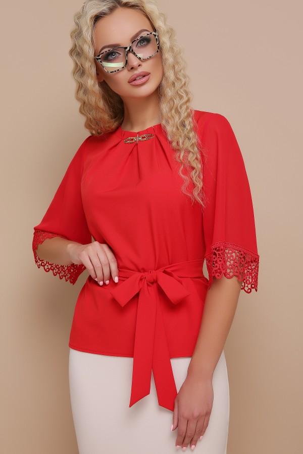 Красная блузка с кружевом Карла GL691801