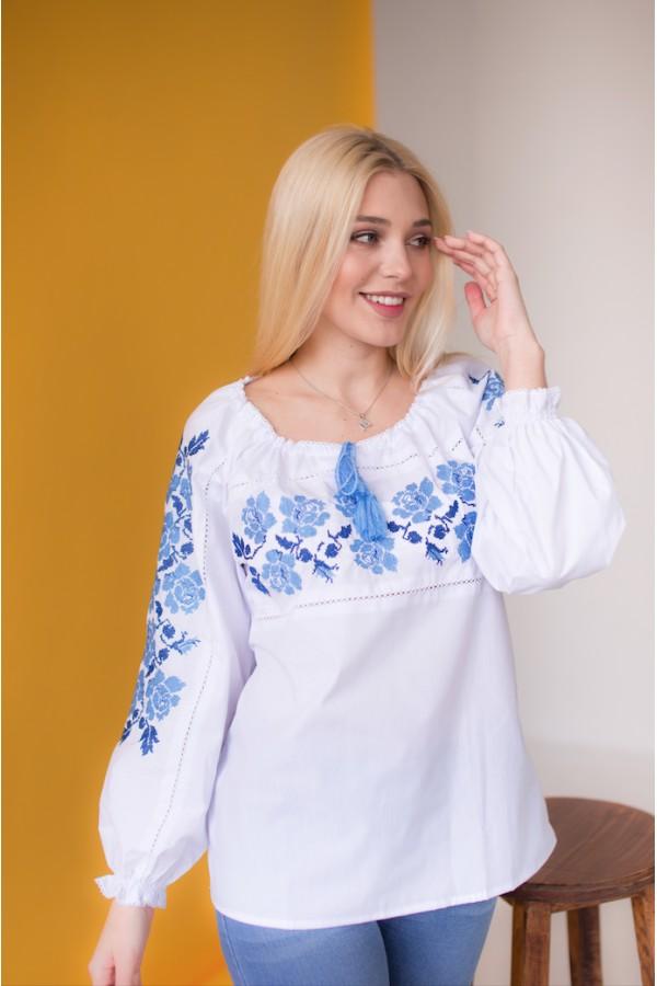 Блуза вишиванка блакитні квіти  MR211