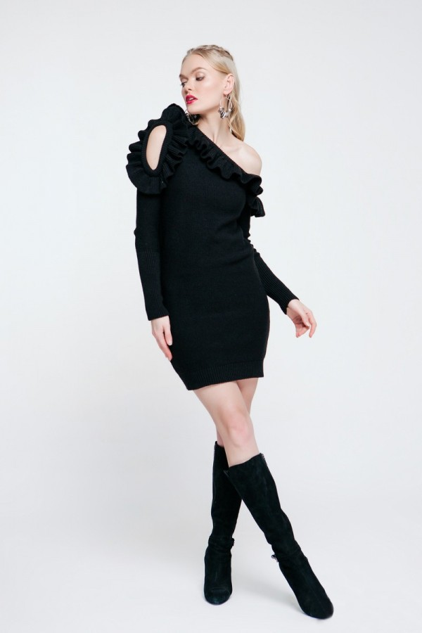 Черное вязаное платье 2018 PW489010000