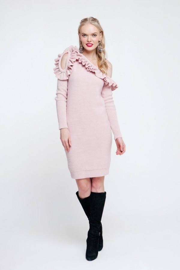 Вязаное платье 2018 цвета пудры PW489230000