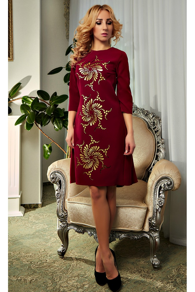 Купити червоне плаття з перфорацією 2018 Кармен AD19501 від ... 5223e5f319481