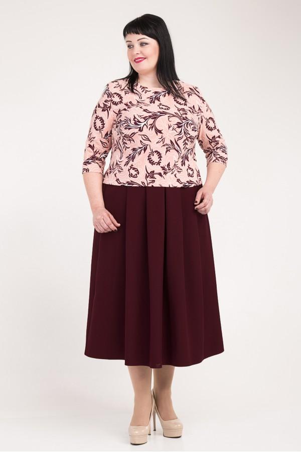Жіночий бордовий костюм великого розміру VN33602 з квітами